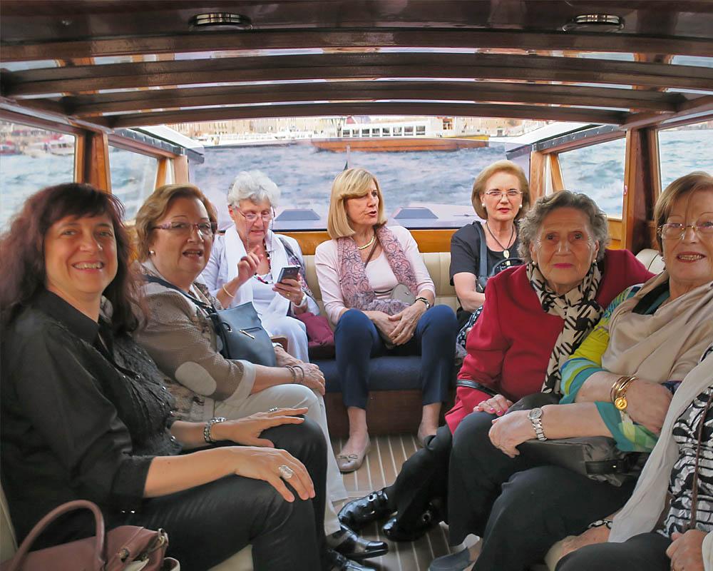 Viatges en grup, Viatges musical a Venècia, passeig amb taxi aquàtic pels canals, viatge cultural, Mitic Viatges